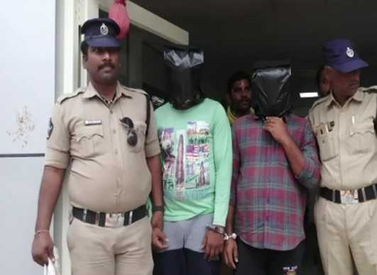 andhra-2-youth-arrested-child-rape