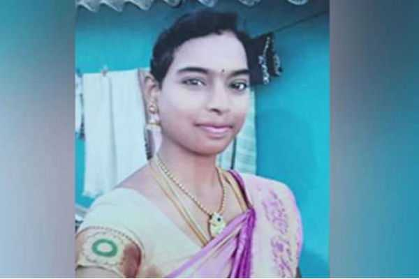 a-young-girl-died-for-slipping-off-the-1st-floor