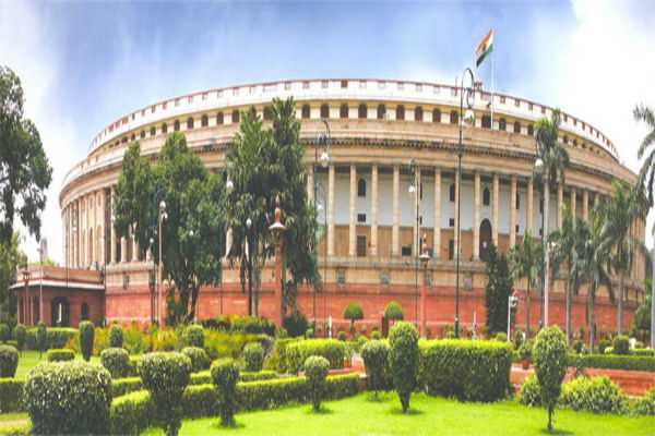college-students-get-a-chance-to-do-fieldwork-in-parliament