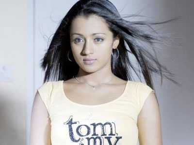 actress-trisha-in-hotel