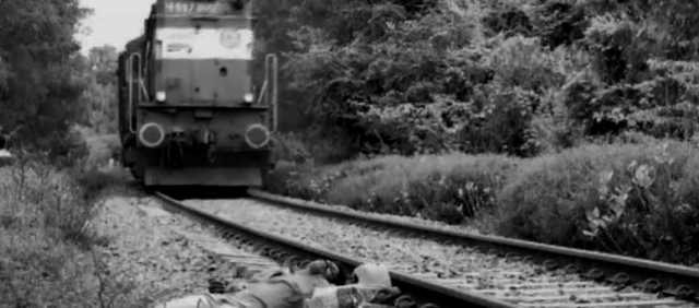 younghster-dead-body-in-near-by-railway-track-murder