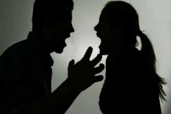 quarrel-between-husband-and-wife