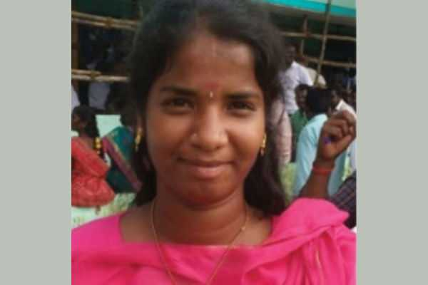 the-22-year-old-student-win-of-the-chairman-of-the-panchayat-board