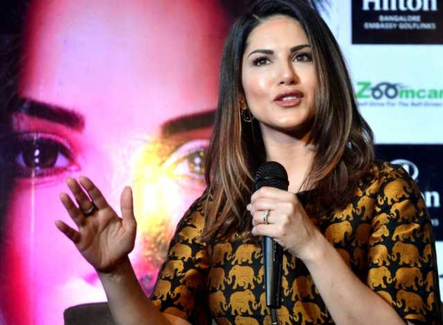 sunny-leone-on-jnu-violence-lets-find-solution-without-hurting-each-other