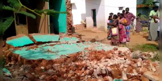 melur-two-childrens-died-accidently-crashed-home-wall
