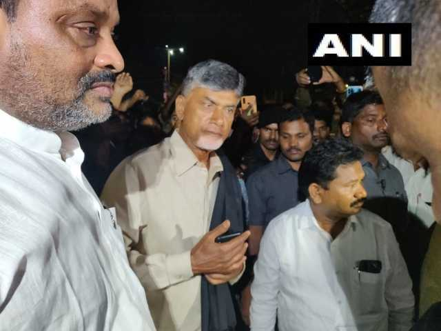 andhra-chandrababu-naidu-who-was-arrested-outside-the-assembly