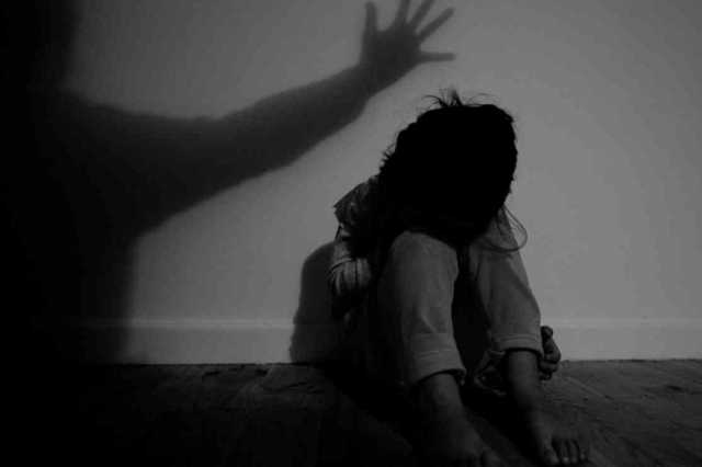 man-arrested-for-molesting-girl