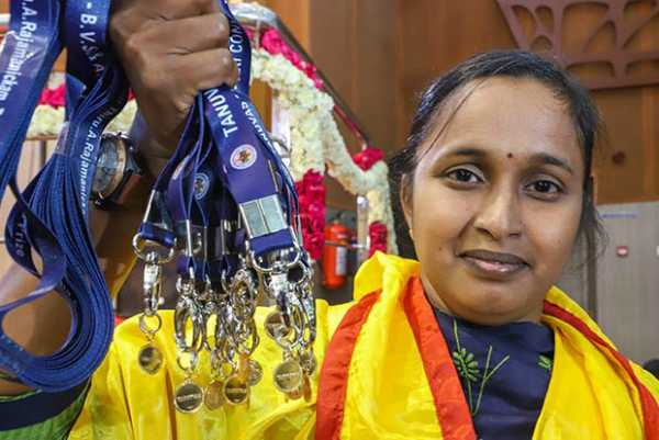 17-gold-medals-after-marriage-young-girl-s-achievement