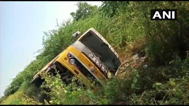 madurai-school-van-accident-students-injury