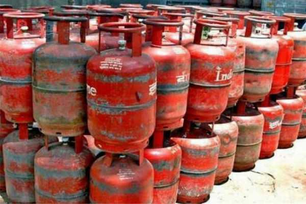 gas-cylinder-price-hike