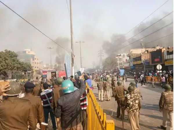 cop-killed-in-delhi-over-caa-protest